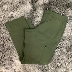 Kirkland | Women's Travel Pant | Green